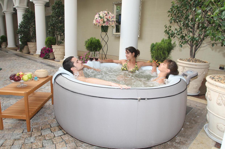 le spa gonflable chez bien et bio. Black Bedroom Furniture Sets. Home Design Ideas